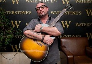 **Huey-Morgan-Fun-Lovin-Criminals-Waterstones-Birmingham-Tour